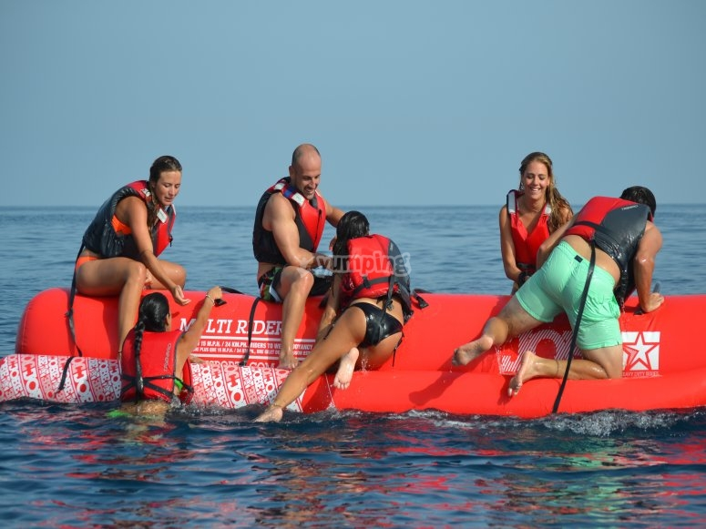 Arrampicata sul banana boat