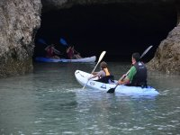 Canoe excursion along the cliffs of Loiba