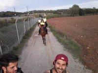 骑马时的照片