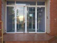 Puertas de acceso al alojamiento