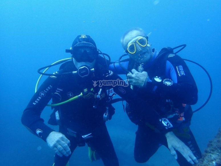 马斯帕洛马斯高级潜水课程
