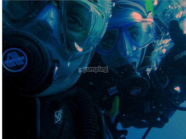 Los 2 bajo el mar