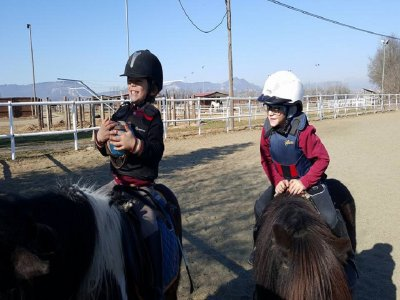 Pony ride for children in Malla 30 minutes