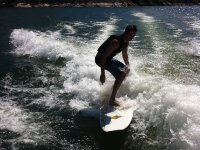 Surfing the waves of the reservoir