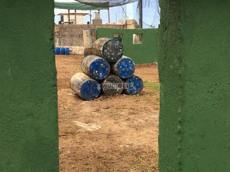 Barrells in the paintball battlefield