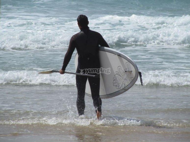 Ingresso in acqua con tavola e paddle
