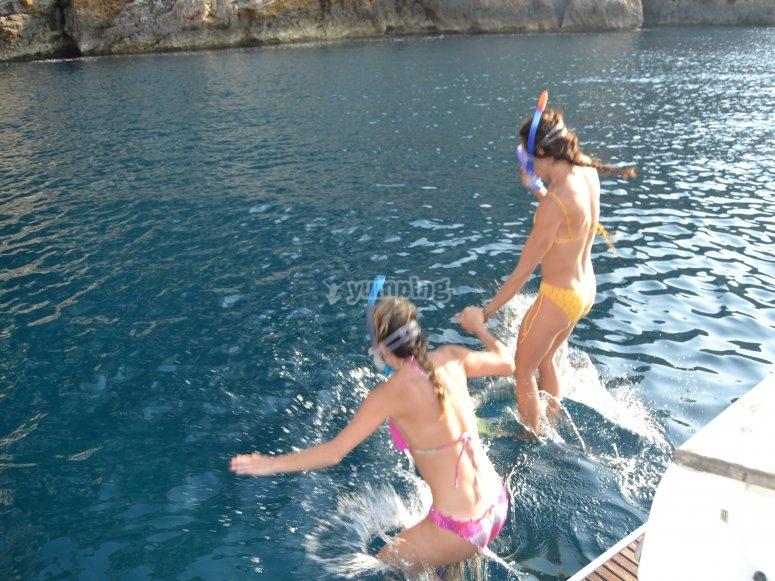 Salto in acqua in Javea