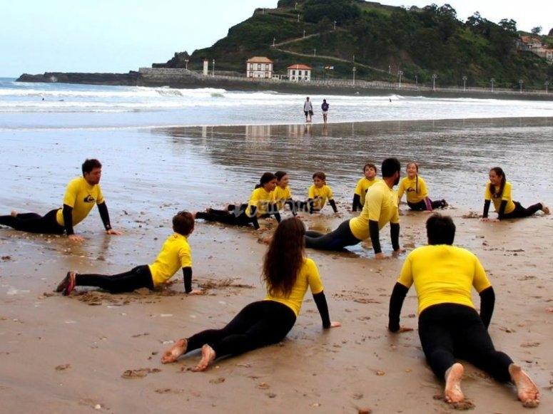 el yoga como base para surfear