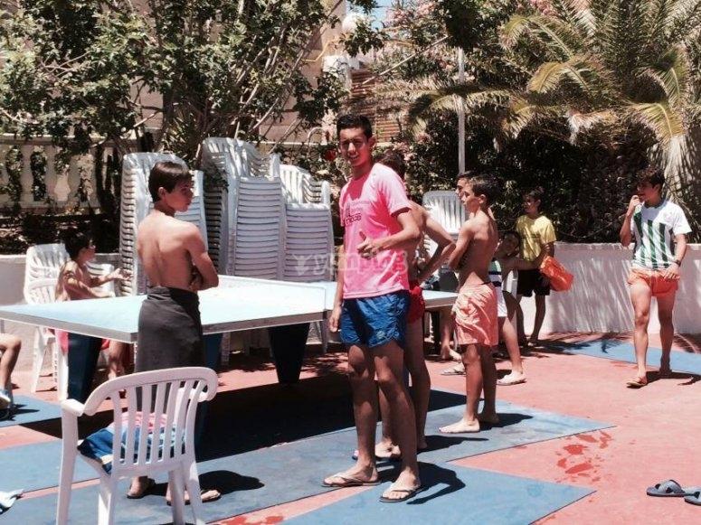 jugando un poco de ping pong