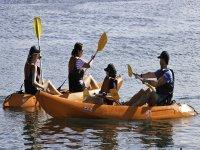 Aprendiendo a manejar el kayak