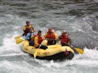 Adrenalina con el rafting