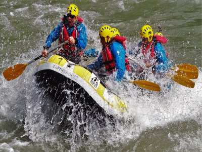 Rafting e canyoning con 1 notte di hotel T. B