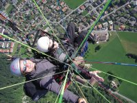 Fly paragliding