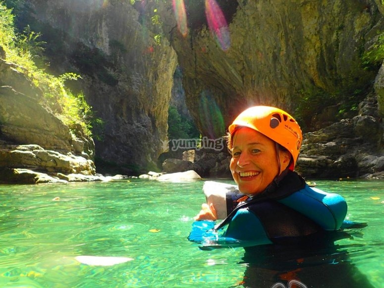 En el agua del barranco