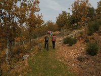 Por los senderos hacia el Yelmo
