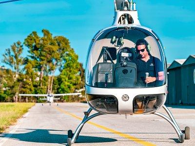 Pilotar un helicóptero por la Costa del Sol 1 hora