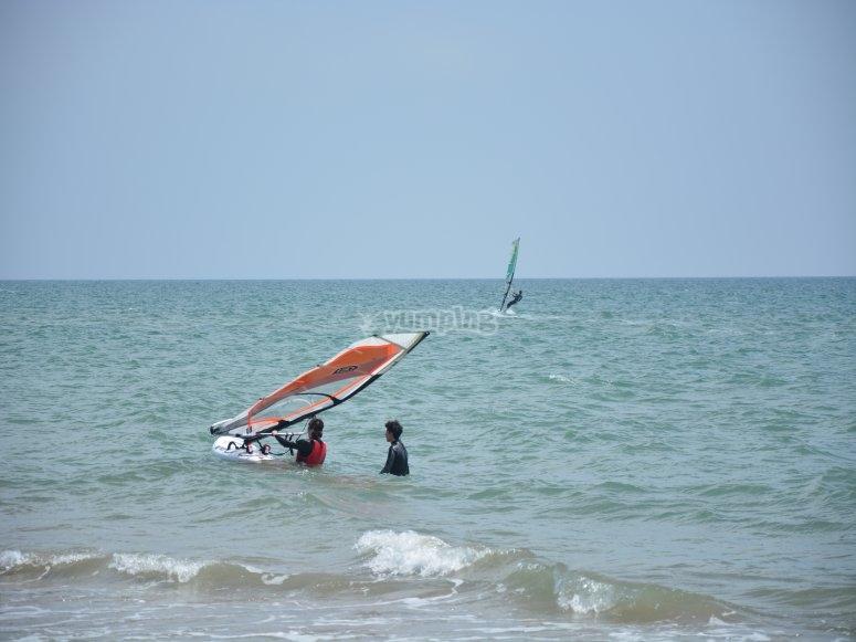 Practising windsurf
