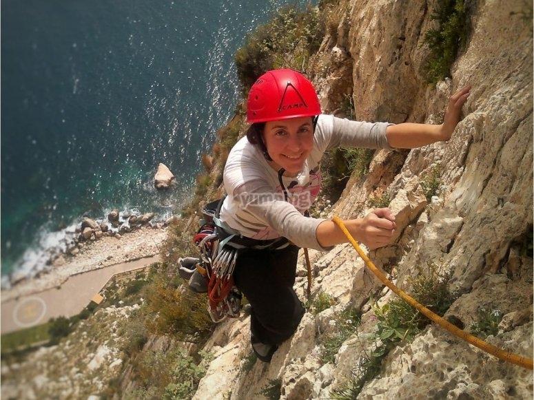 Escalando el acantilado en Valencia