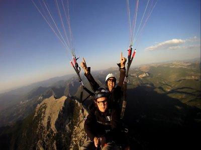 Volo in parapendio in tandem a Jaén con video hd