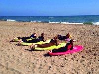 Lezione di surf a Gavà per 2 ore