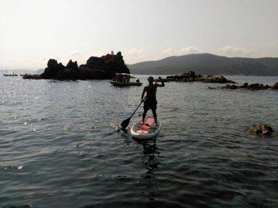Puesta de sol en Paddle surf Calella con bebida