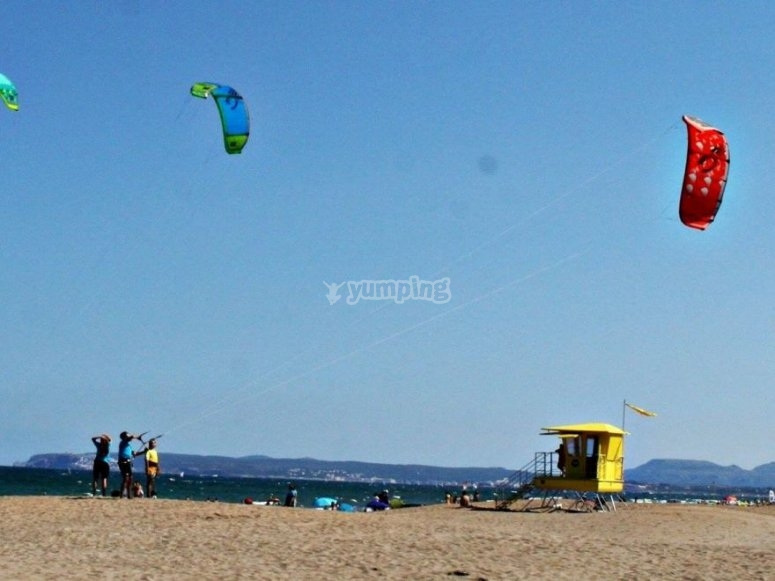 Practising the flight of kitesurfing