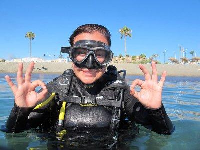 马拉加PADI的开放水域潜水员课程