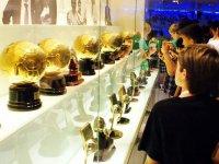 Viendo los balones de oro