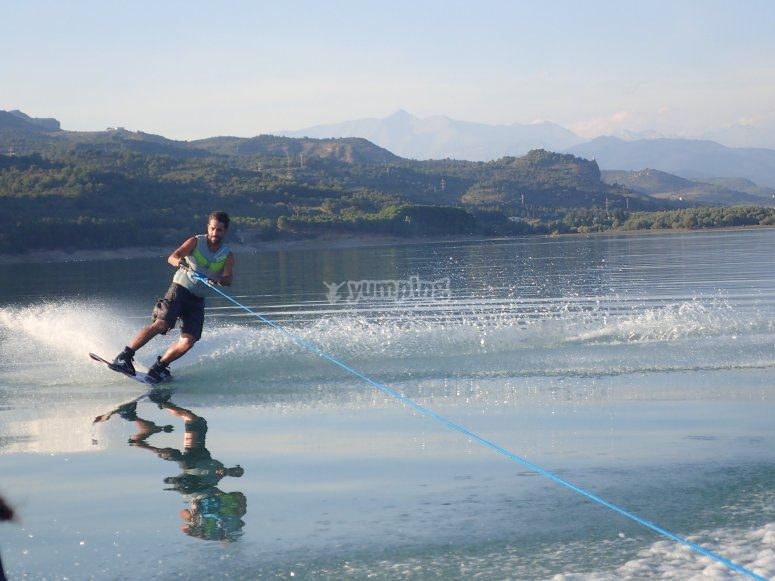 Wakeboard on Pirineos