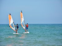 Lezione di windsurf personalizzata a Gavá 2 h