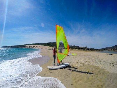 Clase de windsurf nivel inicial en Tarifa 2 horas