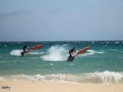 Lezione di windsurf per bambini a Tarifa