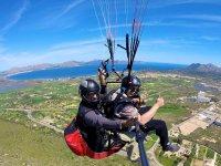 体验滑翔伞乘客