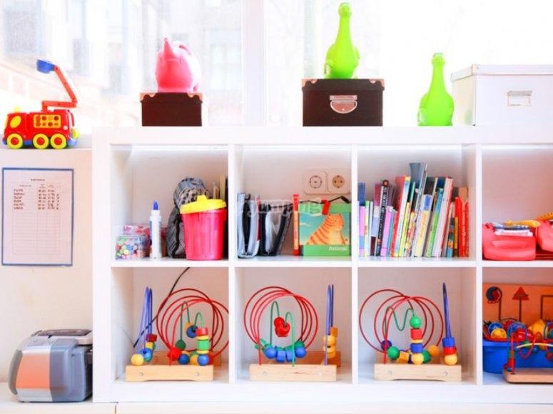 estanteria de los juguetes