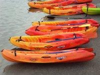 Diversos kayaks