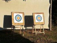 Dianas listas para la prueba de tiro con arco