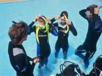名仕潜水员开放水域救援