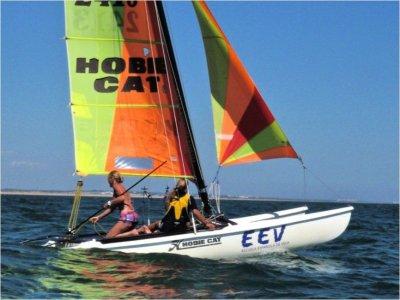 Curso de pilotaje de catamarán en Islantilla
