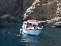 Barco Fadri navegando