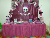 Decorated Birthday table Monster High