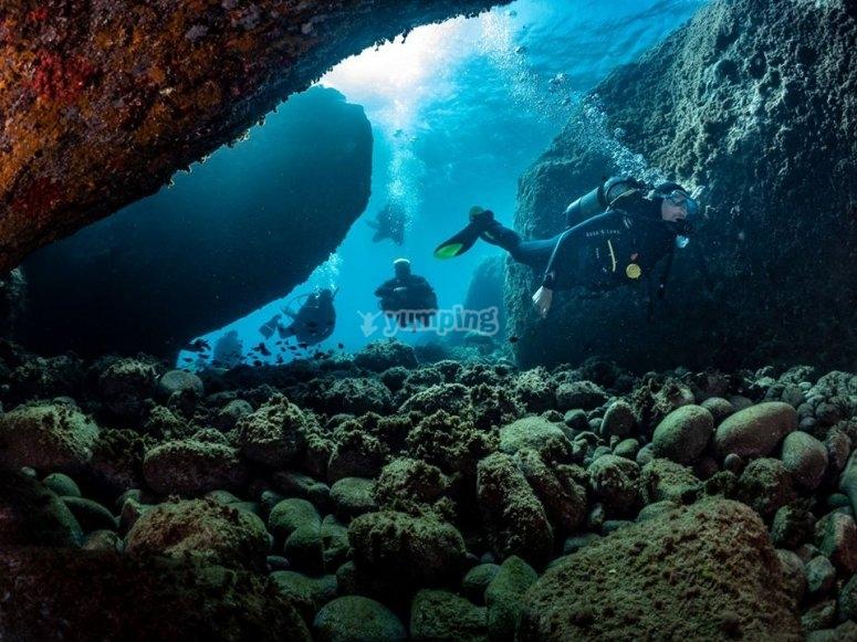 Diving through the Almería tunnel
