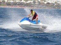 兰萨罗特岛的水上滑板车为一个人20分钟