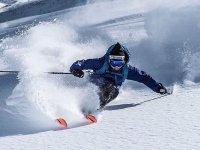 Baqueira贝雷帽的滑雪课程