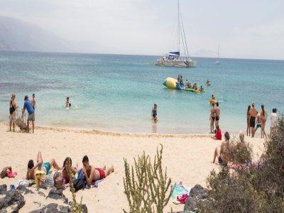 乘坐双体船前往La Graciosa  - 成人