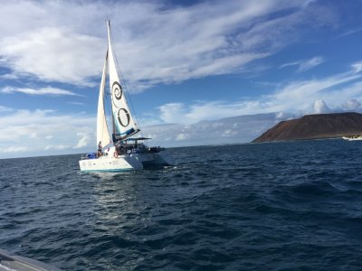 Sail catamaran Corralejo to Isla Lobos kids