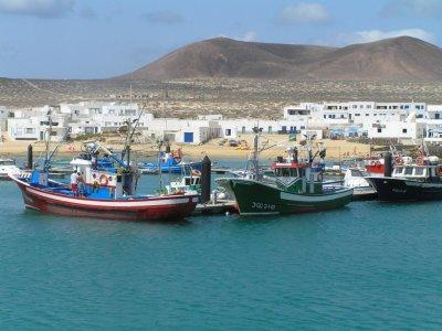 双体船乘坐La Graciosa  - 儿童