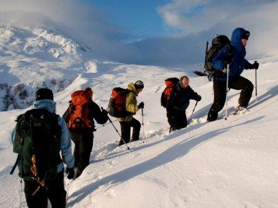 Guías Experiencias Alpinas Raquetas de Nieve