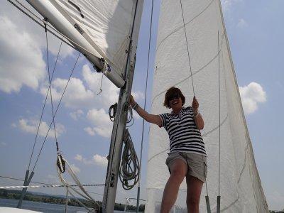 Alquiler exclusivo de velero con patrón el Garraf