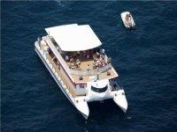Gran Catamarán de Lujo para 150 personas