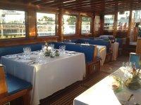 Cenas de gala en barco